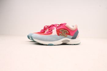 CHANEL SNEAKERS PINK