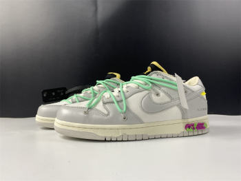 Off-White x Nike Dunk Low DM1602-114